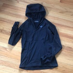 W- Black Arcteryx Rho? Half zip hoodie- S